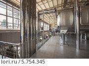 Цех первичной обработки винограда на заводе Шабо (2013 год). Редакционное фото, фотограф Алексей Сергевич / Фотобанк Лори