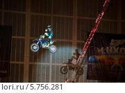 Купить «Монстр шоу», эксклюзивное фото № 5756281, снято 19 октября 2018 г. (c) ФЕДЛОГ.РФ / Фотобанк Лори