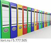 Купить «Цветные архивные офисные папки стоят в ряд», иллюстрация № 5777505 (c) Maksym Yemelyanov / Фотобанк Лори