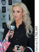 Ольга Бузова на показе YANASTASIA (2014 год). Редакционное фото, фотограф Бобровский Алексей Иванович / Фотобанк Лори