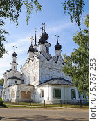 Купить «Церковь Вознесения, Великий Устюг (1648 г.)», фото № 5787253, снято 8 сентября 2013 г. (c) Виктор Сагайдашин / Фотобанк Лори