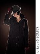 Красивая стильная женщина в пальто и шляпе. Стоковое фото, фотограф Quadshock / Фотобанк Лори