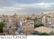 Купить «Йемен, Сана, старый город в сумерки», фото № 5814937, снято 31 марта 2014 г. (c) Овчинникова Ирина / Фотобанк Лори