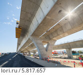 Строительство автомобильной эстакады. Стоковое фото, фотограф Кропотов Лев / Фотобанк Лори