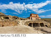 Древний пещерный город Уплисцихе (2013 год). Стоковое фото, фотограф Катерина Вахе / Фотобанк Лори