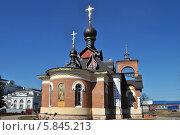 Купить «Церковь Серафима Саровского в Александрове», эксклюзивное фото № 5845213, снято 11 апреля 2014 г. (c) lana1501 / Фотобанк Лори