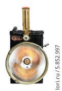 Старомодный ручной электрический фонарь во включенном состоянии. Стоковое фото, фотограф Сергей Огарёв / Фотобанк Лори
