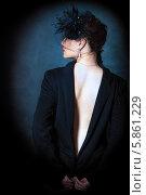 Девушка в тёмном пиджаке и шляпке. Стоковое фото, фотограф Николай Тоцкий / Фотобанк Лори