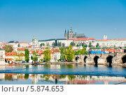 Купить «Красивые виды Праги в солнечный день. Весна. Чехия», фото № 5874653, снято 23 апреля 2014 г. (c) Екатерина Овсянникова / Фотобанк Лори