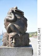 Купить «Бердянск,памятник жабе (Жадности)», фото № 5882441, снято 6 сентября 2010 г. (c) Галина  Горбунова / Фотобанк Лори