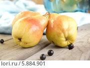 Спелый груши и ягоды. Стоковое фото, фотограф Nadyan / Фотобанк Лори