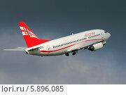 Купить «Boeing 737-500 авиакомпании Airzena на взлёте», эксклюзивное фото № 5896085, снято 5 октября 2013 г. (c) Александр Тарасенков / Фотобанк Лори