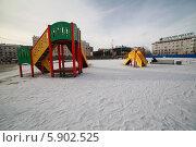 Городская площадь города Мурманск (2014 год). Редакционное фото, фотограф OlgaM. / Фотобанк Лори