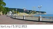 Панорама курортного поселка Дивноморское, Геленджик. Стоковое фото, фотограф Игорь Архипов / Фотобанк Лори