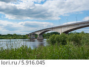Автомобильный мост над рекой Волхов (2012 год). Стоковое фото, фотограф Юля С. / Фотобанк Лори