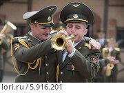 Одна на двоих (2014 год). Редакционное фото, фотограф Павел Паладьев / Фотобанк Лори