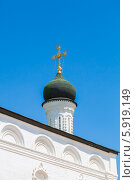 Астрахань. Астраханский кремль. Православный крест (2014 год). Редакционное фото, фотограф Андрей Воробьев / Фотобанк Лори