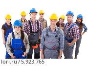 Купить «команда приветливых строителей», фото № 5923765, снято 26 января 2014 г. (c) Андрей Попов / Фотобанк Лори