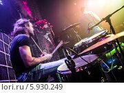 Купить «Барабанщик музыкальной группы на концерте», фото № 5930249, снято 6 февраля 2014 г. (c) Андрей Армягов / Фотобанк Лори