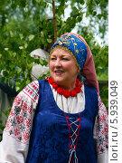 Купить «Праздник Троица В России, фольклор и народные гуляния», фото № 5939049, снято 23 июня 2013 г. (c) ElenArt / Фотобанк Лори