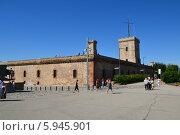 Замок Монжуик, Барселона (2012 год). Редакционное фото, фотограф Юлия Романова / Фотобанк Лори