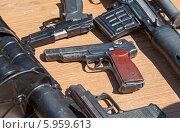 Купить «Автоматический пистолет Стечкина», фото № 5959613, снято 27 мая 2019 г. (c) FotograFF / Фотобанк Лори