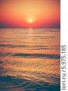 Купить «Спокойное море на закате», фото № 5975185, снято 7 августа 2013 г. (c) g.bruev / Фотобанк Лори