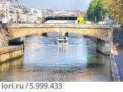 Купить «Париж, городской пейзаж», фото № 5999433, снято 30 апреля 2014 г. (c) Parmenov Pavel / Фотобанк Лори