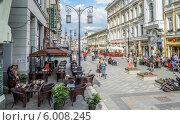 Купить «Камергерский переулок в Москве», эксклюзивное фото № 6008245, снято 14 июня 2014 г. (c) Виктор Тараканов / Фотобанк Лори