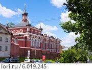 Купить «Богородице-Рождественский женский монастырь», фото № 6019245, снято 18 июня 2014 г. (c) Кирпинев Валерий / Фотобанк Лори
