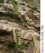 Купить «Скалы в Крыму», эксклюзивное фото № 6036185, снято 13 июня 2014 г. (c) Михаил Карташов / Фотобанк Лори