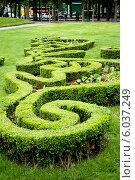 Купить «Французский городской парк в центре Парижа, район Мариньи, Франция», фото № 6037249, снято 26 мая 2013 г. (c) Татьяна Кахилл / Фотобанк Лори