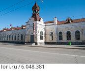 Купить «Фрагмент железнодорожного вокзала Пермь-I», фото № 6048381, снято 14 мая 2012 г. (c) Elena Monakhova / Фотобанк Лори