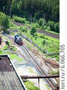 Купить «Маневровый локомотив на промышленном предприятии, вид сверху», фото № 6066705, снято 17 июня 2013 г. (c) Кекяляйнен Андрей / Фотобанк Лори