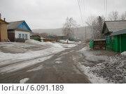Купить «Деревенская улица», фото № 6091189, снято 29 марта 2014 г. (c) Абышев А.А. / Фотобанк Лори