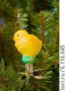 Старая елочная игрушка. Цыпленок. Стоковое фото, фотограф Зобков Георгий / Фотобанк Лори