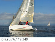 Купить «Яхта в море, Амурский залив, Владивосток», фото № 6119349, снято 17 августа 2008 г. (c) Георгий Хрущев / Фотобанк Лори