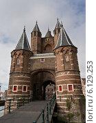 Купить «Ворота старой крепости в Харлеме, Нидерланды», фото № 6129253, снято 3 сентября 2013 г. (c) Евгений Прокофьев / Фотобанк Лори