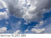 Купить «Красивое небо с облаками», эксклюзивное фото № 6207389, снято 21 июля 2014 г. (c) Сергей Лаврентьев / Фотобанк Лори