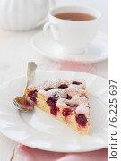 Вишнёвый пирог. Стоковое фото, фотограф Ольга Лепёшкина / Фотобанк Лори