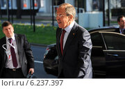 Купить «The Hague, Netherlands, Sergei Lavrov, Russia's foreign minister, on arrival to the NSS», фото № 6237397, снято 25 марта 2014 г. (c) Caro Photoagency / Фотобанк Лори