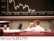 Купить «Floor trading on the Frankfurt Stock Exchange», фото № 6253717, снято 17 мая 2000 г. (c) Caro Photoagency / Фотобанк Лори