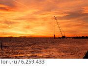 Закат на заливе. Стоковое фото, фотограф Юрий Ермаков / Фотобанк Лори