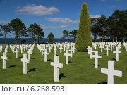 Американское кладбище в Нормандии в зоне высадки десанта на пляже Омаха (2014 год). Редакционное фото, фотограф Дмитрий Тужилин / Фотобанк Лори