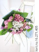 Купить «Свадебный букет», фото № 6271405, снято 27 июня 2013 г. (c) Jan Jack Russo Media / Фотобанк Лори