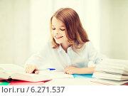 Купить «student girl studying at school», фото № 6271537, снято 31 июля 2013 г. (c) Syda Productions / Фотобанк Лори