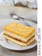 Купить «Layer honey cake. Festive and party dessert», фото № 6285101, снято 19 марта 2019 г. (c) BE&W Photo / Фотобанк Лори