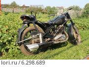 Мотоцикл ИЖ-49 вид справа (2014 год). Редакционное фото, фотограф Андрей / Фотобанк Лори