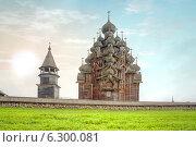 Купить «Церковь Преображения Господня», фото № 6300081, снято 9 августа 2013 г. (c) Parmenov Pavel / Фотобанк Лори