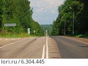 Купить «Автомобильная дорога А-130, Калужская область», эксклюзивное фото № 6304445, снято 20 июля 2009 г. (c) lana1501 / Фотобанк Лори